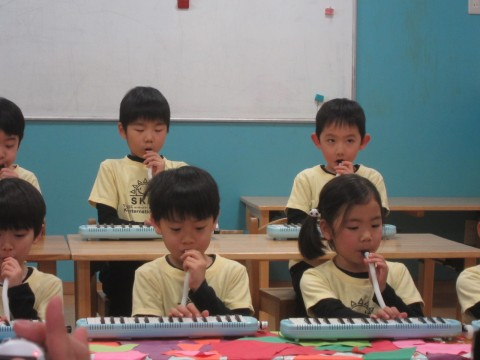 The Fluttery Butterflies dazzling us all with the pianica skills.